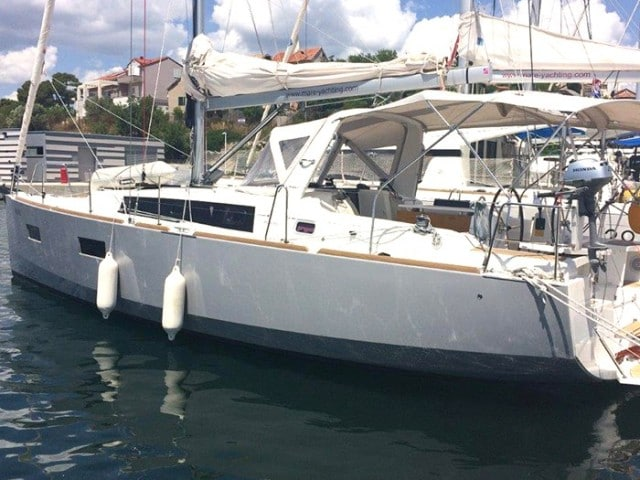 Mare-Anemoi-Oceanis-38-front