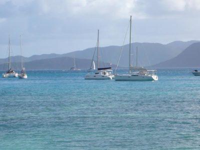Yachtcharter Italien Boote im Meer