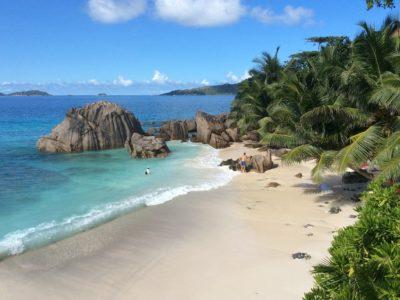 Yachtcharter Seychellen Strand