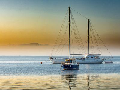 Yachtcharter Türkei Boot auf Wasser