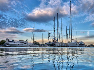 Yachtcharter Niederlande Hafen