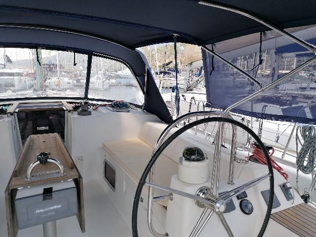 pyrrha-dufour-445-gl-cockpit