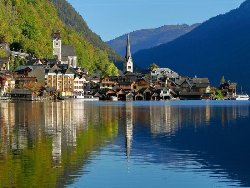Yachtcharter Österreich Stadt am Wasser
